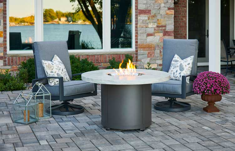 The Outdoor Greatroom Company Beacon Dining Height Gas