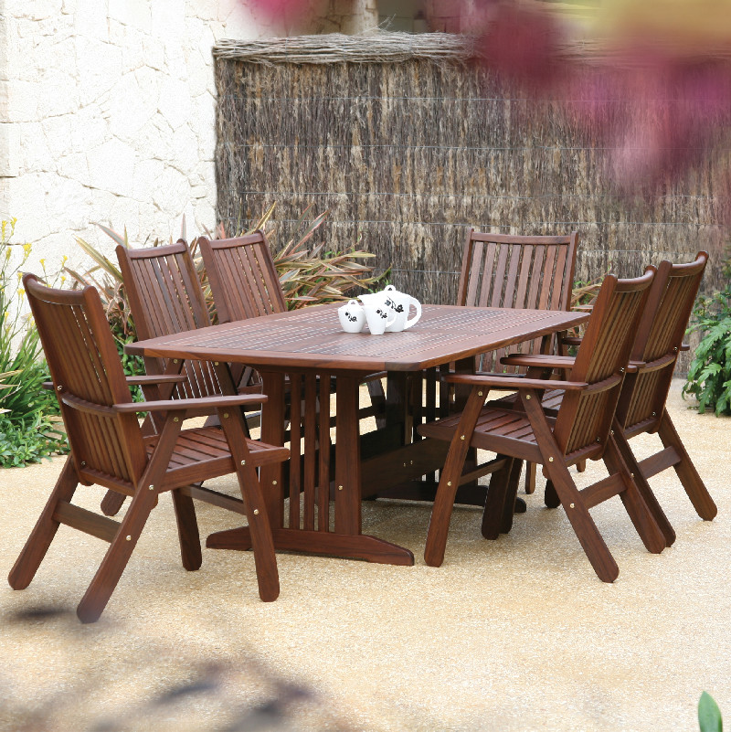 Jensen Leisure Traditional Collection Seasonal Specialty